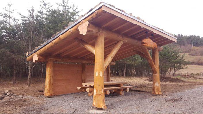 construction rondin de bois maison design. Black Bedroom Furniture Sets. Home Design Ideas