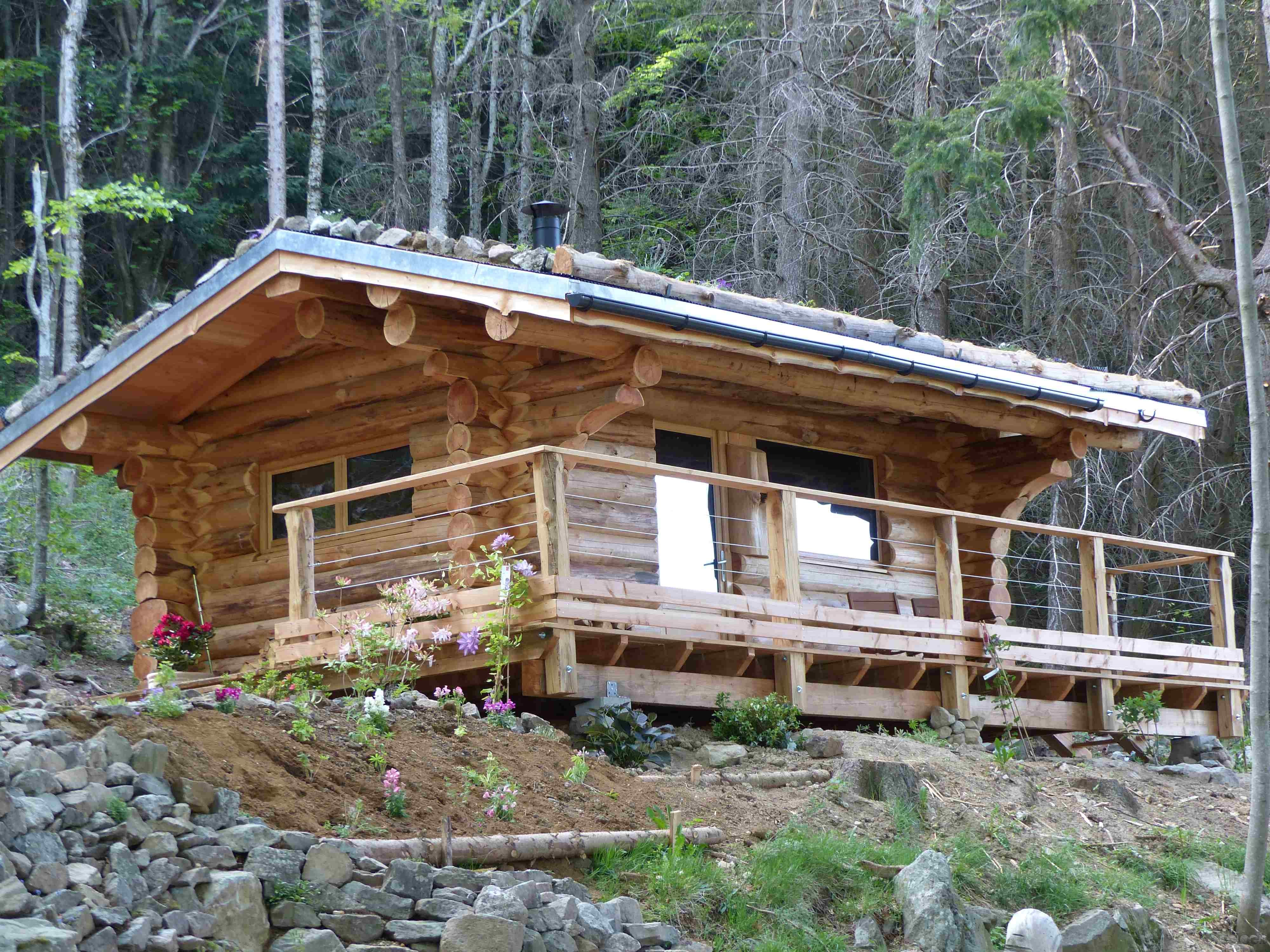 Maison rondins bois auvergne ventana blog for Constructeur chalet prix