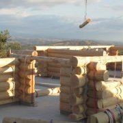 Fuste en gros bois - maison en rondins